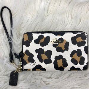 Coach Double Zip Wristlet Wallet Leopard No. G1453
